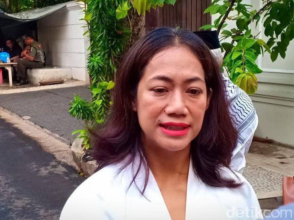 Nia Dinata Cerita Garap Gossip Girl Indonesia
