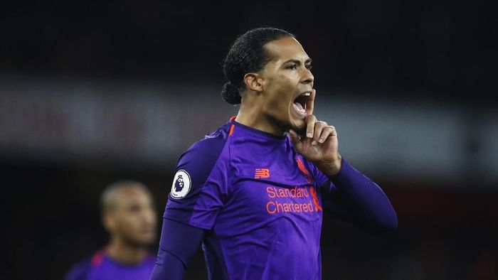 Bek Liverpool Virgil van Dijk mengaku belum memikirkan kans meraih Ballon dOr (Foto: Julian Finney/Getty Images)