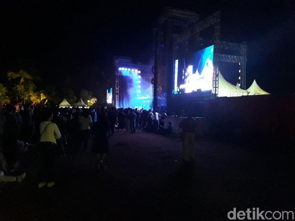 Mariah Carey dan Tatanan Panggung Borobudur Simphony 2018