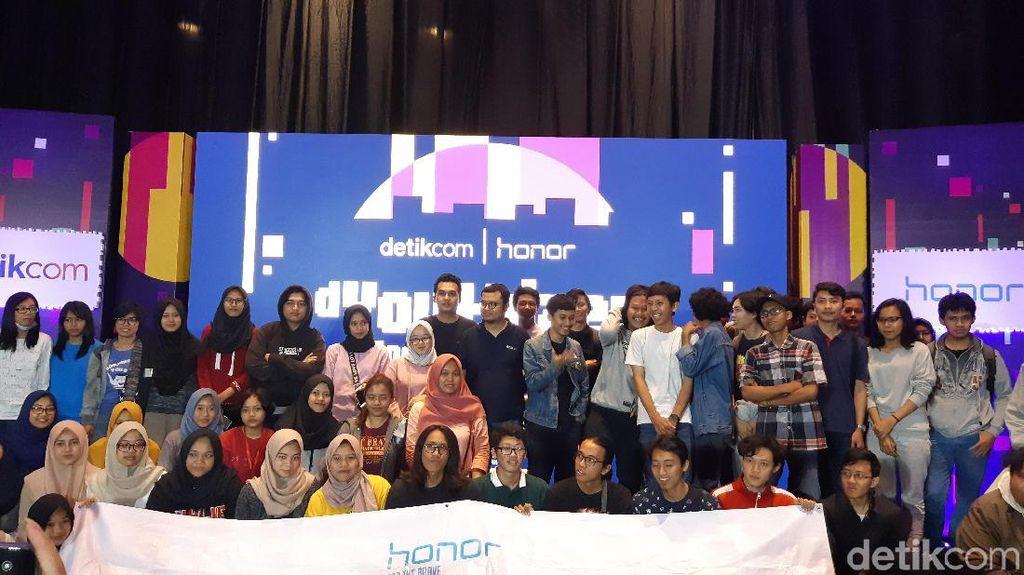 Keseruan Belajar Desain Kreatif di dYouthizen Goes to Campus
