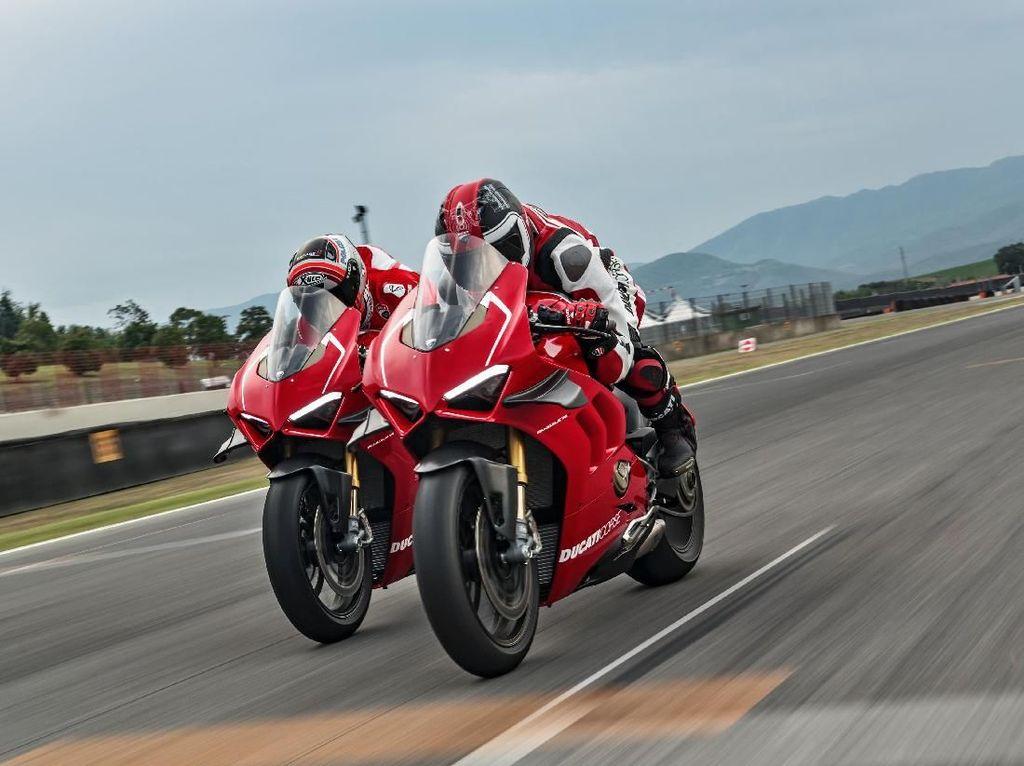 Ducati Panigale V4 Versi Balap Meluncur Tahun Ini