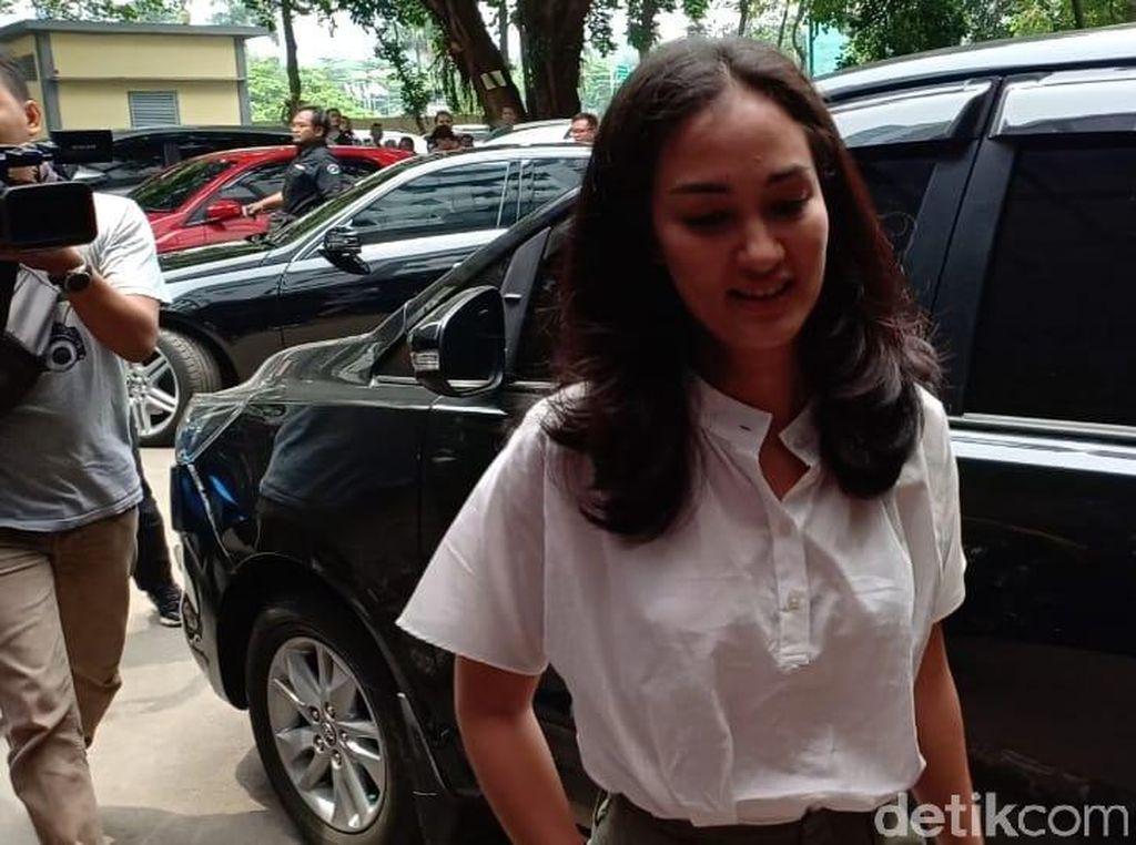 Polisi Tolak Atiqah Hasiholan Sebagai Jaminan Ratna Sarumpaet