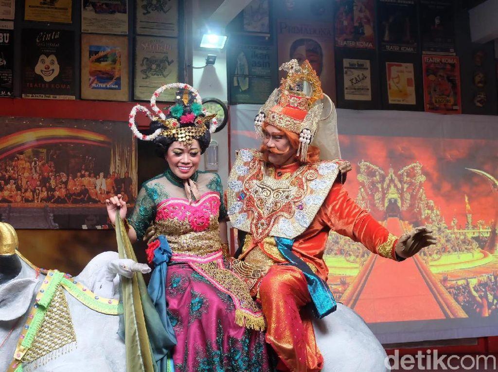 Pentas Mahabarata Teater Koma Berdurasi 4 Jam dan 90 Persen Animasi