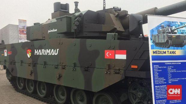 Tank Harimau Buatan Pindad 'Menyalak' di Indo Defence Expo