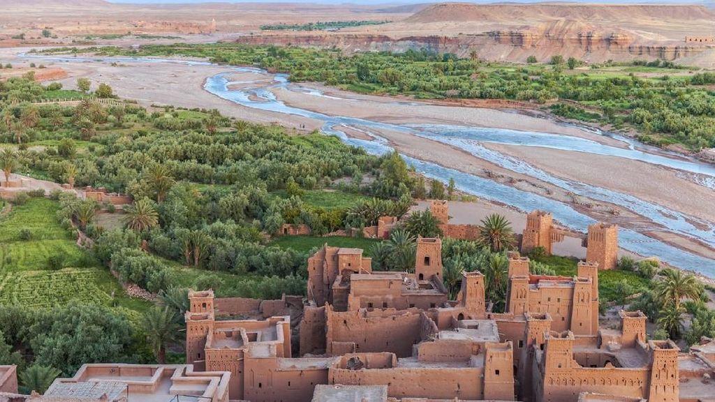 Potret Kastil Indah di Gurun Sahara