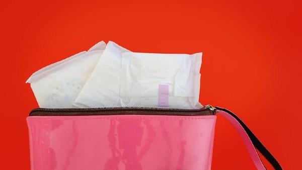 Menggunakan air rebusan pembalut untuk mabuk adalah hal yang tidak lazim dan berbahaya (Foto: iStock)