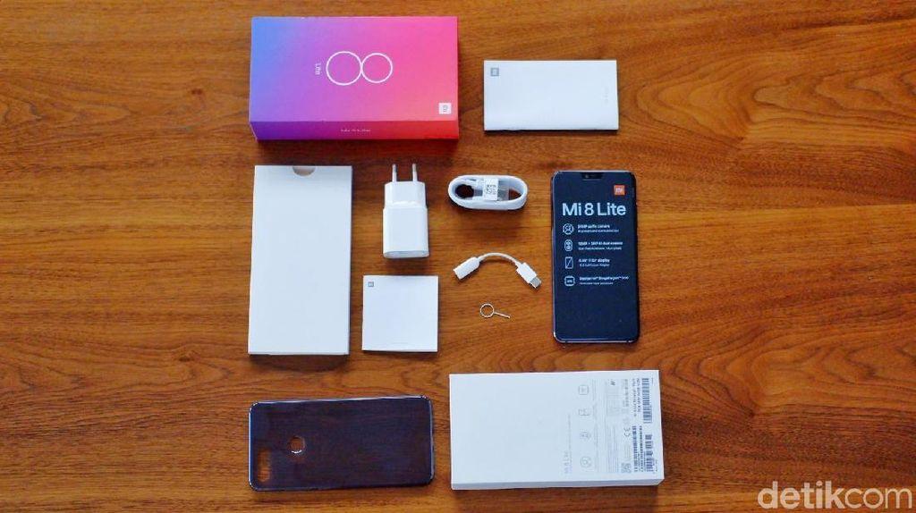 Unboxing Xiaomi Mi 8 Lite yang Berpenampilan Stylish