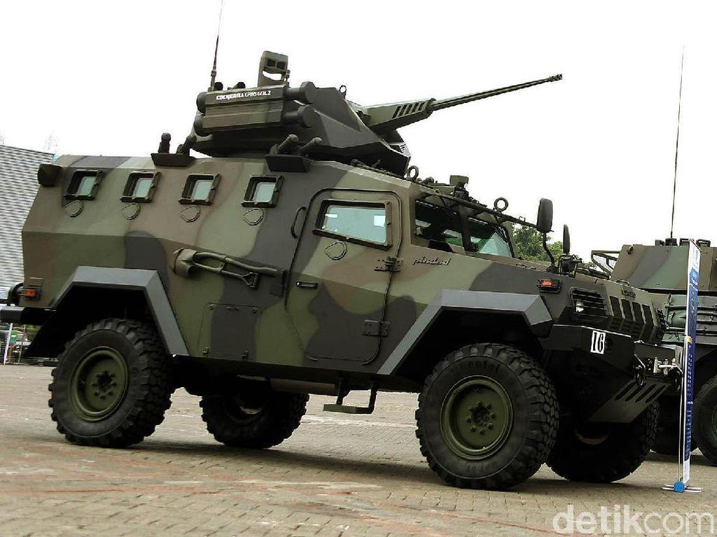 Tank hingga Panser Made in RI Mejeng di Kemayoran