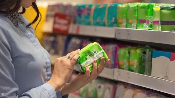 Pembalut merupakan salah satu kebutuhan penting bagi wanita saat datang bulan (Foto: iStock)