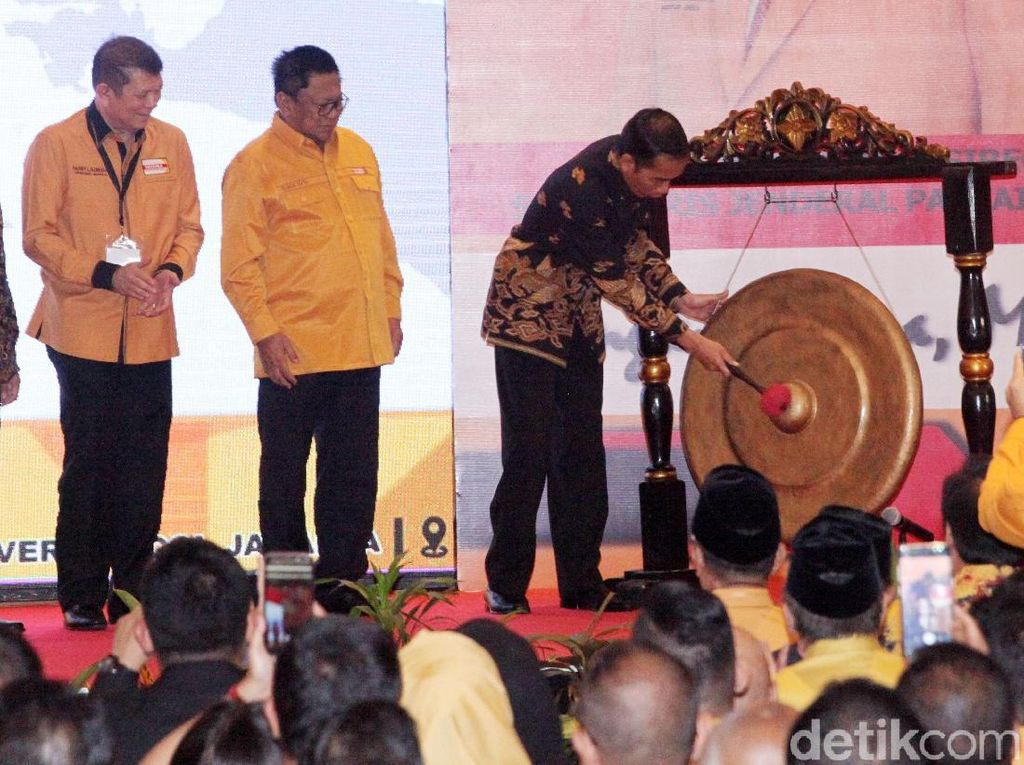 Jokowi Buka Pembekalan Caleg Hanura