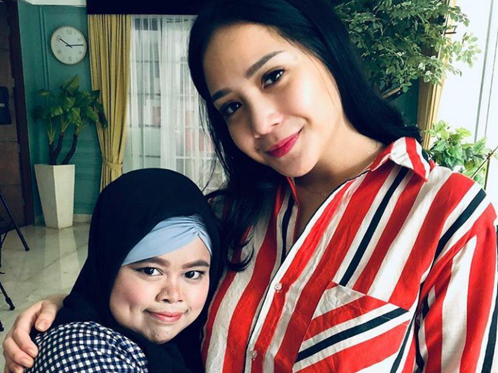 Apa Sih Kado Spesial Nagita Slavina untuk Beauty Vlogger Kekey?