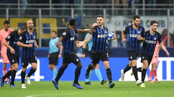 Inter Milan cuma butuh imbang untuk lolos ke fase knockout. (Foto: Daniele Mascolo/Reuters)