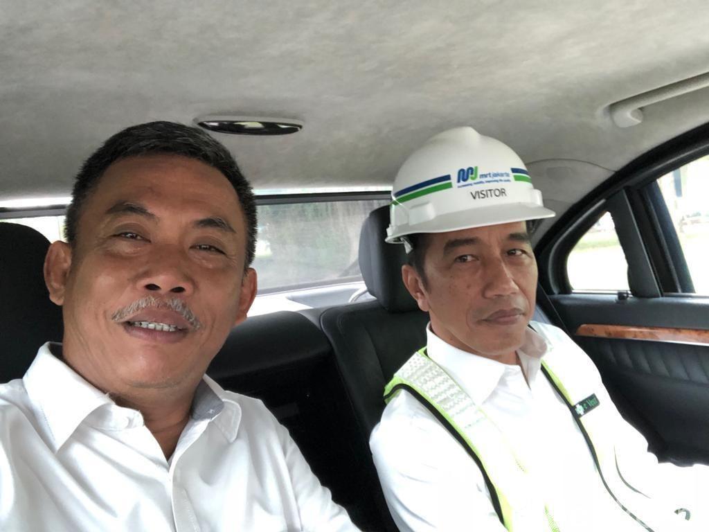 Ketua DPRD DKI Satu Mobil Bersama Jokowi, Bahas Wagub DKI?