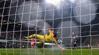 Handanovic: Saya Harusnya Bisa Gagalkan Gol Barcelona