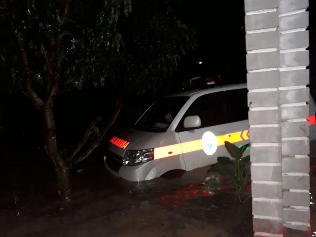 Banjir dan Longsor, Beberapa Jalan di Mandailing Natal Ambles
