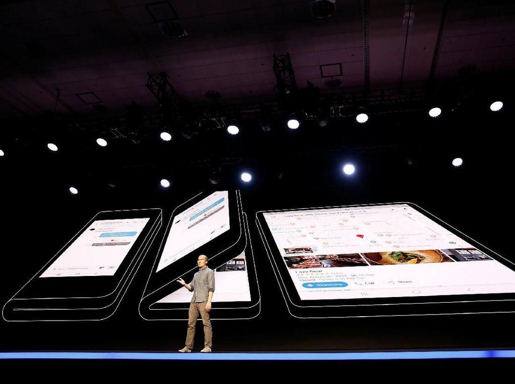 Ponsel Layar Lipat Samsung Dirilis Bareng Galaxy S10?