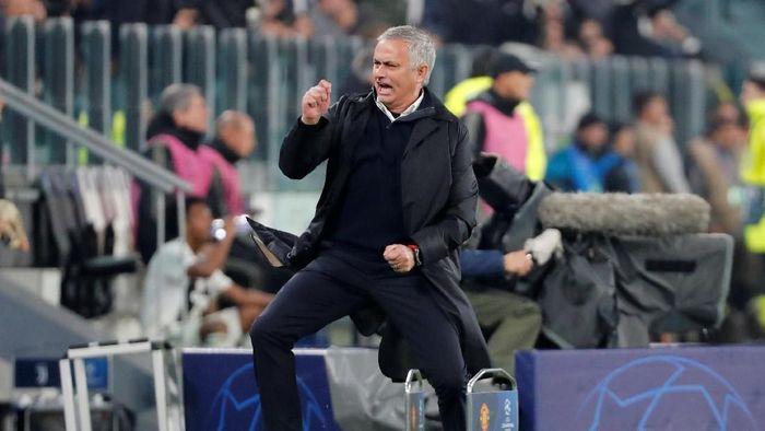 Jose Mourinho dapat bayaran mahal sebagai komentator pertandingan (REUTERS/Stefano Rellandini)