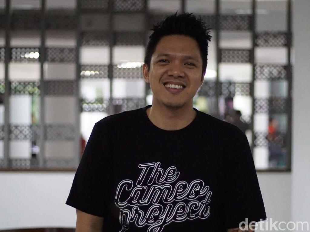 Naik MRT Jadi Liburan yang Menyenangkan, Reza Nangin: Makasih Pak Jokowi!
