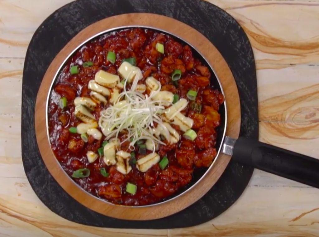 Resep Korean Fire Chicken Mozzarella, Menu Korea Kesukaan Bunda
