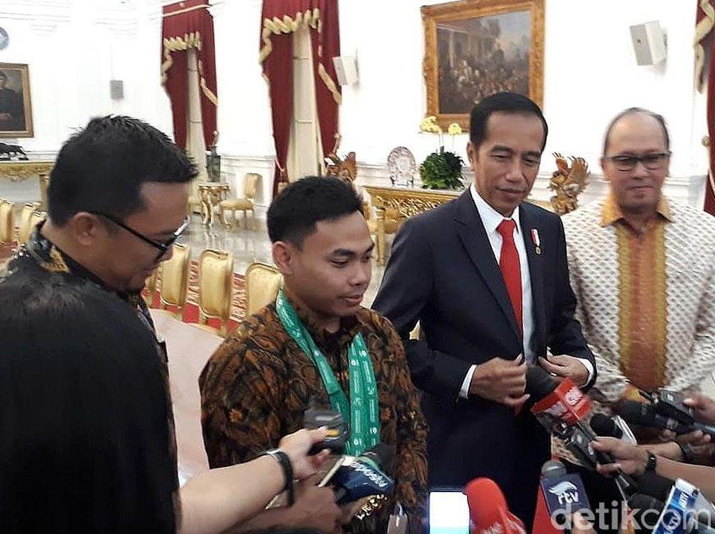Bertemu Eko Yuli, Jokowi Semringah Banget
