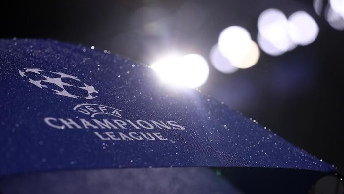 LYON, FRANCE - NOVEMBER 07: The Champions League logo is seen prior to the UEFA Champions League Group F match between Olympique Lyonnais and TSG 1899 Hoffenheim at Groupama Stadium on November 7, 2018 in Lyon, France.  (Photo by Alex Grimm/Getty Images)