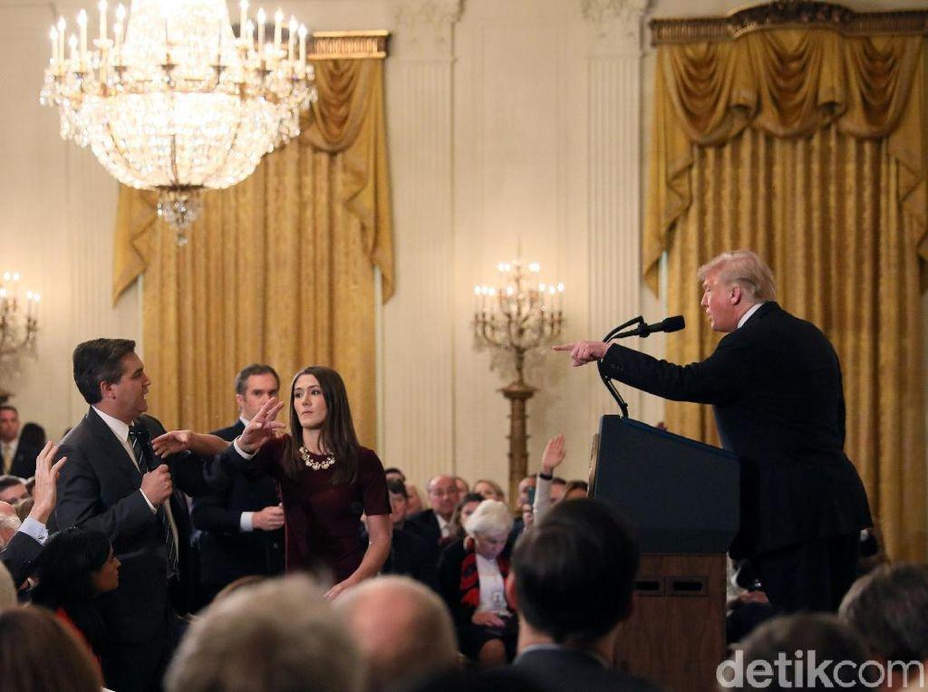 Bahas Kampanye Terkait Imigran, Trump Berseteru dengan Wartawan CNN