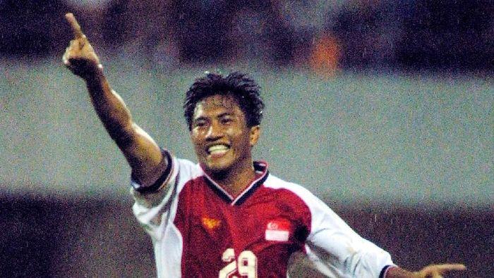 Noh Alam Shah saat masih aktif sebagai pemain sepakbola. (Foto: Getty Images/ALLSPORT/Stanley Chou)