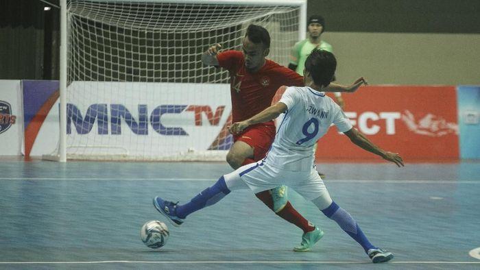 Timnas Futsal Indonesia kalah dari Thailand di semifinal Piala AFF Futsal 2018. (Foto: Hendra Nurdiyansyah/ANTARA FOTO)
