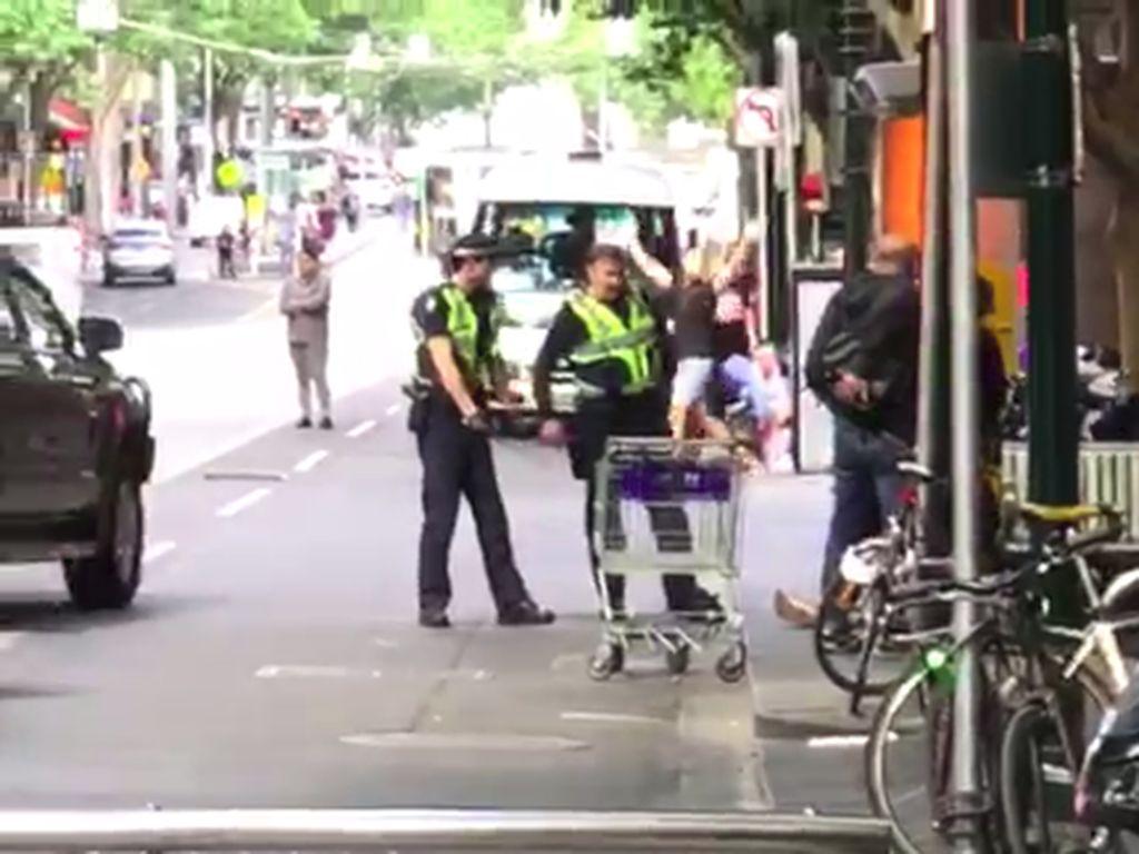 Detik-detik Aksi Penikaman di Melbourne yang Disaksikan Yasonna