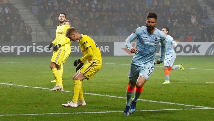 Olivier Giroud tak mau hengkang dari Chelsea (Reuters)