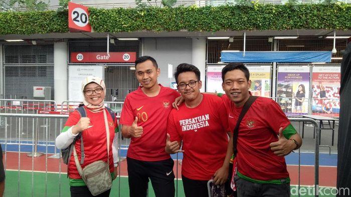 Pendukung Timnas Indonesia di National Stadium, Singapura. (Foto: Randy Prastya/detikcom)