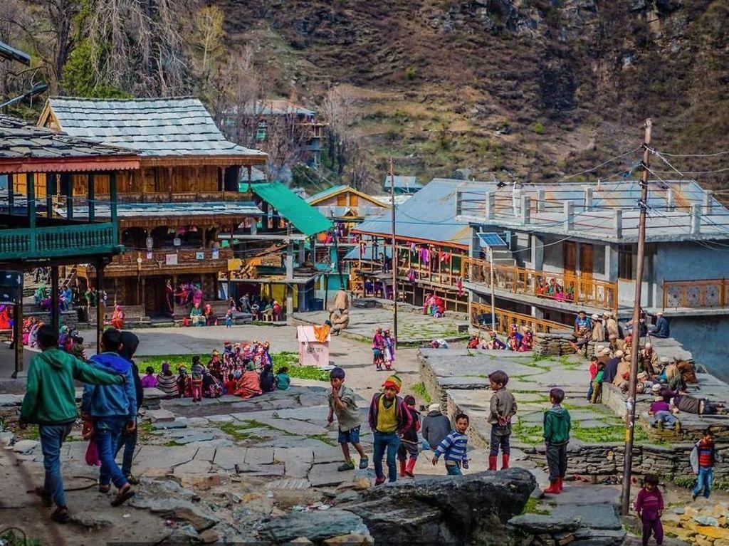 Foto: Desa Misterius di Pegunungan Himalaya