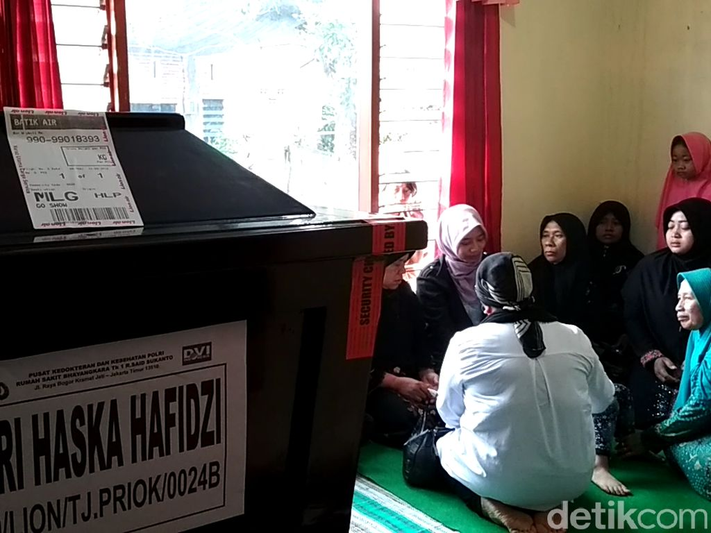 Jenazah Haska Korban Lion Air Tiba di Blitar, Ini Permintaan Keluarga