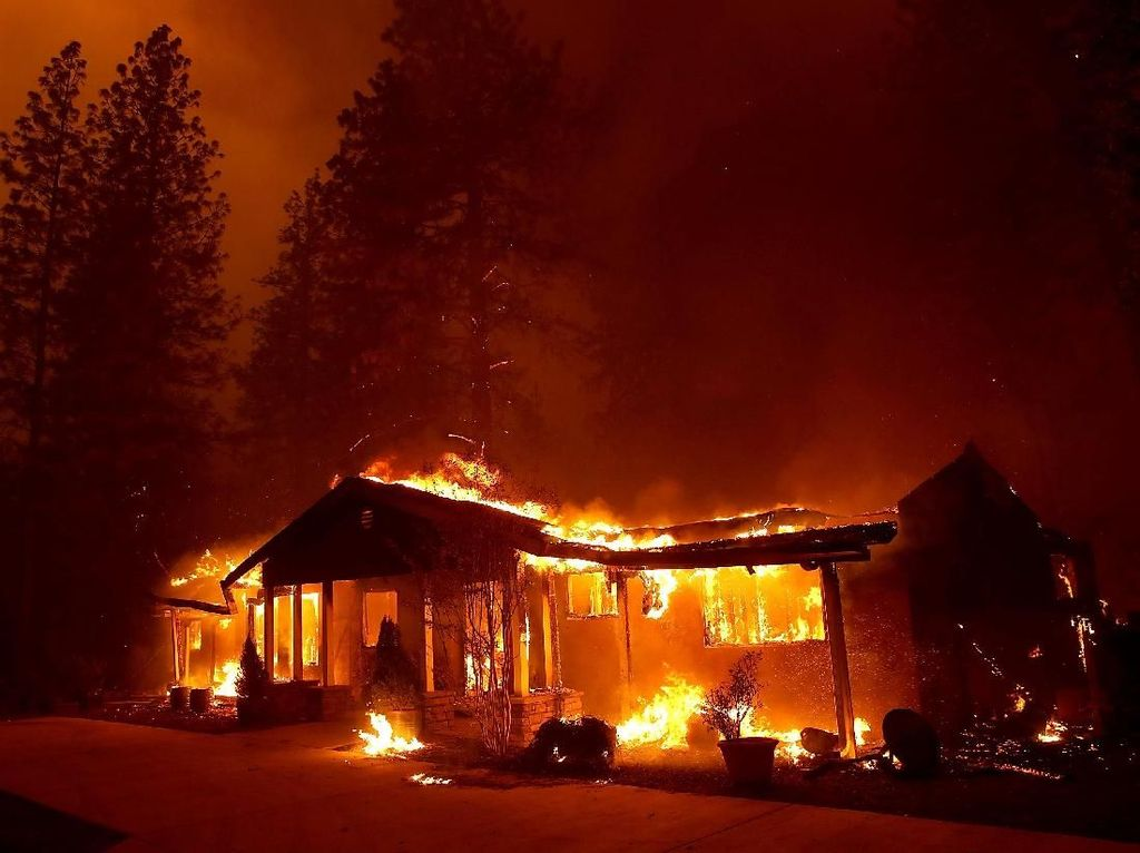 Deretan Seleb Hollywood yang Kena Dampak Kebakaran California
