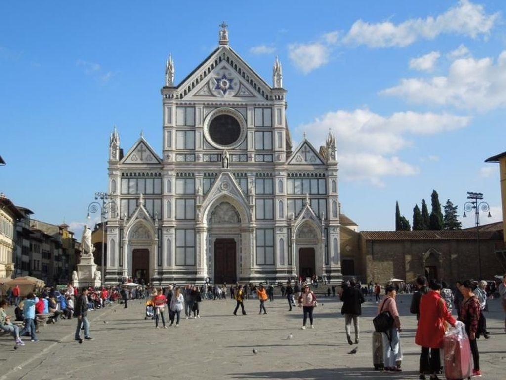 Menyusuri Indahnya Kota Florence di Italia