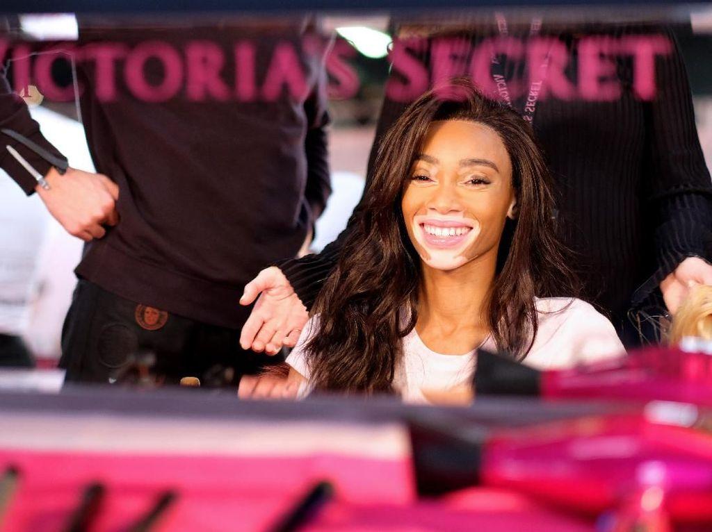 Victorias Secret Cari Utang Rp 7 T Demi Pisah dari BBW