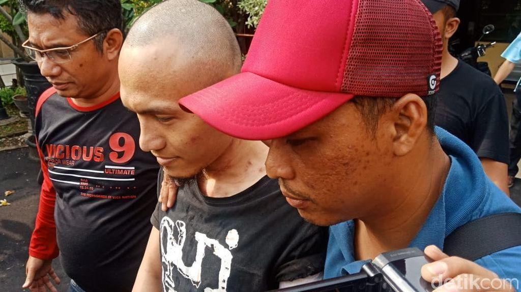 Foto: Rohandi Penyerang Polsek Penjaringan Digelandang ke Polres Jakut