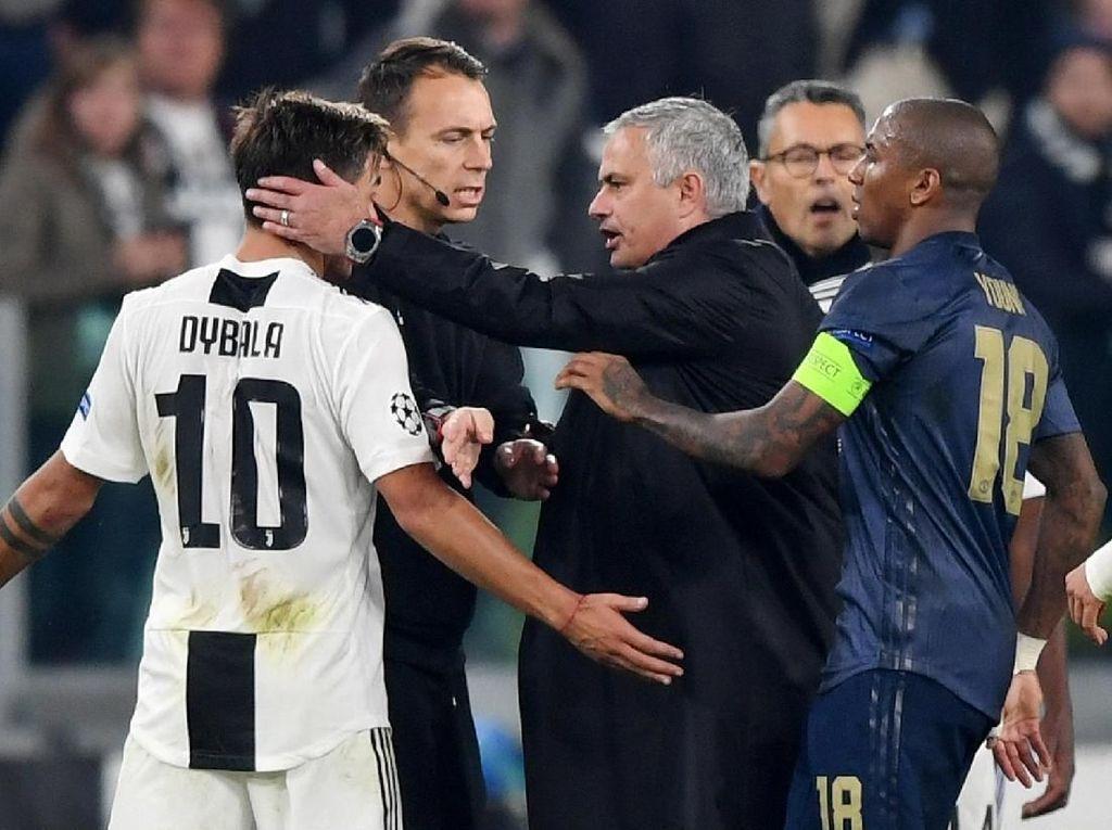 Dybala Bukannya Menghina Mourinho