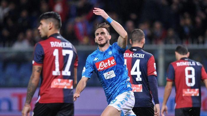 Sempat tertinggal lebih dulu, Napoli menang 2-1 atas Genoa dalam lanjutan Liga Italia (Foto: Jennifer Lorenzini/Reuters)