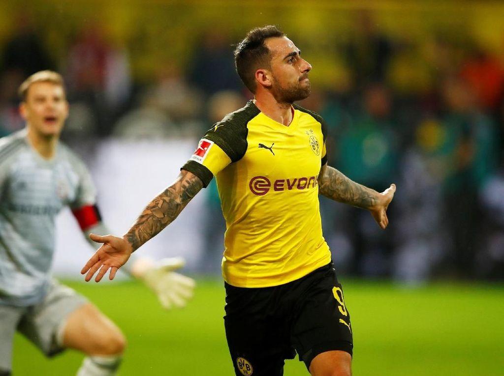 Paco Alcacer Kini Pemain Dortmund Sepenuhnya