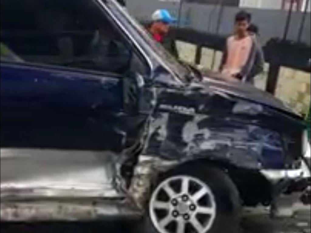 Kecelakaan Arah Puncak Bogor, 3 Mobil Ringsek