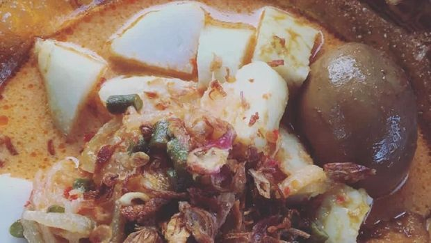 Ketupat  Sayur Betawi buat sarapan