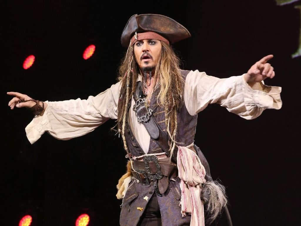 Johnny Depp Absen di Reboot Pirates of the Carribean, Disney Hemat