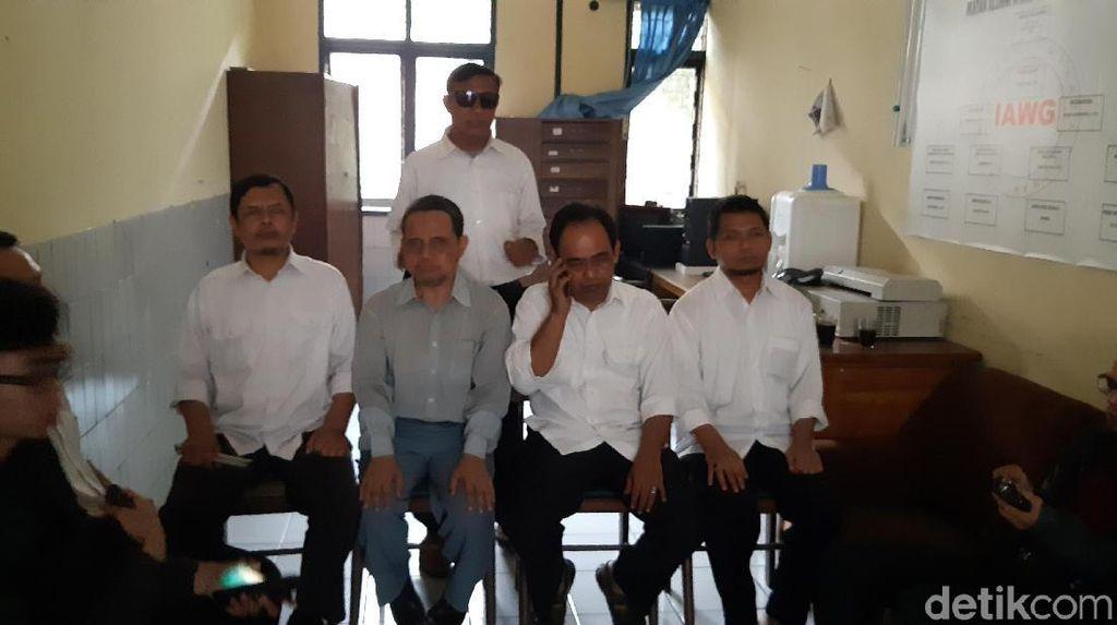 Forum Tunanetra Menggugat Ultimatum Maruf Amin