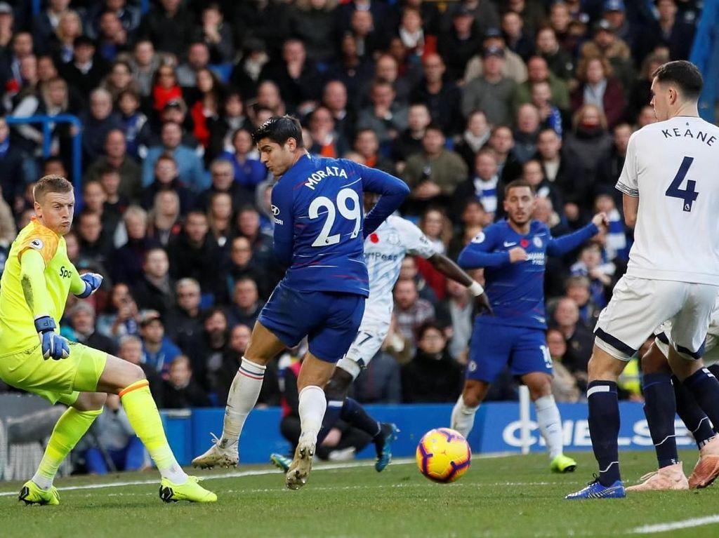 Chelsea Diredam Everton, Sarri: Kami Belum Terkalahkan