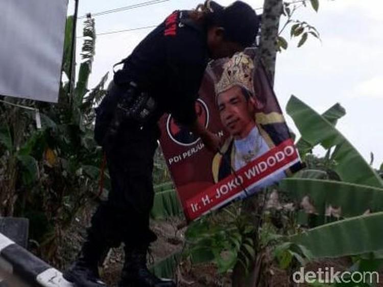 PDIP Geram Poster Raja Jokowi Beredar di Jateng