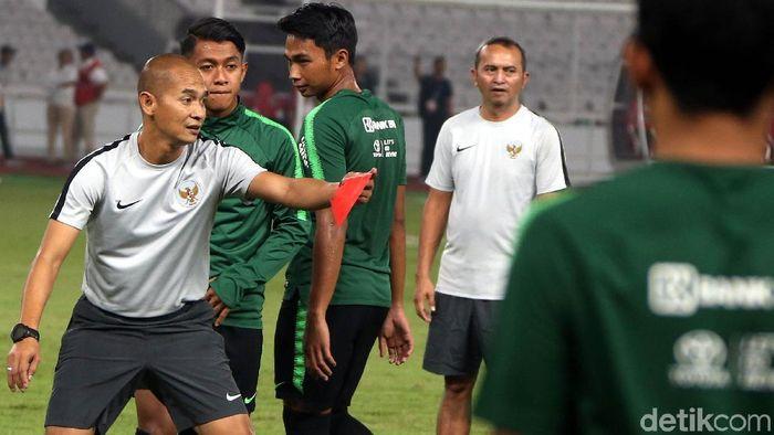Kurniawan Dwi Yulianto jadi asisten pelatih Timnas U-23 (Rengga Sancaya/detikSport)