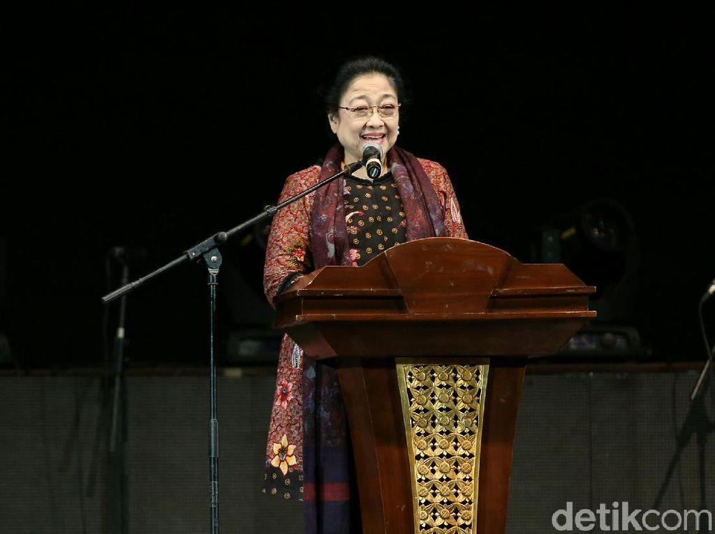 Megawati Tolak Disebut Kuper Walau Tak Punya HP