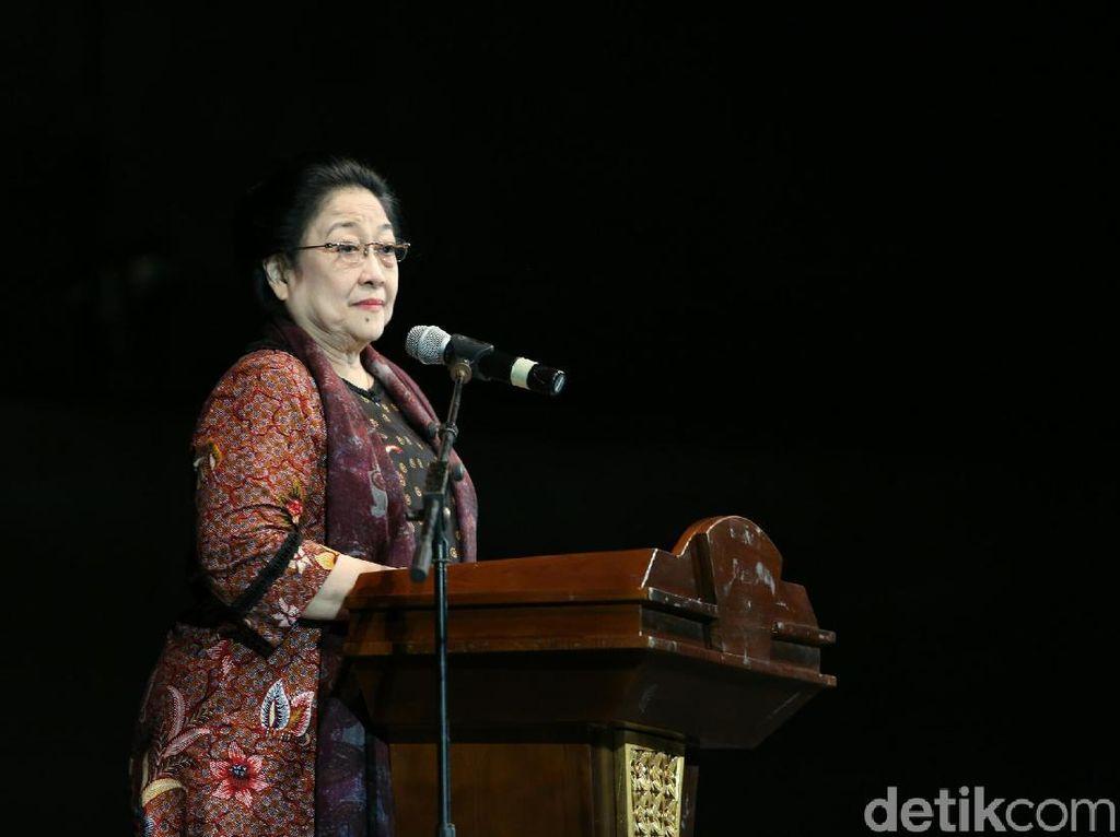 Kala Megawati Kenang Belajar Menari Bersama Rachmawati di Istana