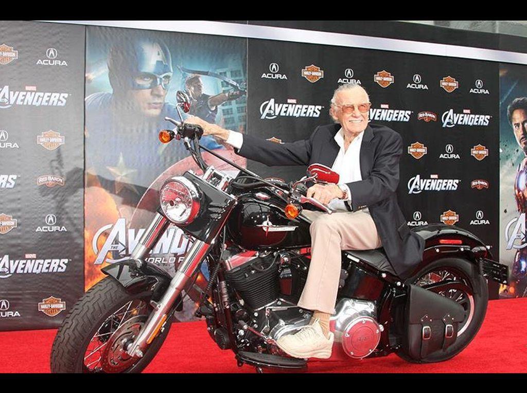 Frustrasi Stan Lee di Balik Kekayaan dan Ketenaran dari Marvel